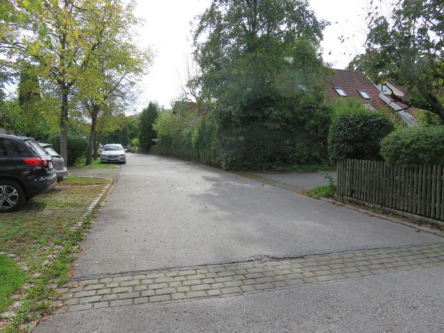 Anliegerstraße, Zufahrt zum Objekt